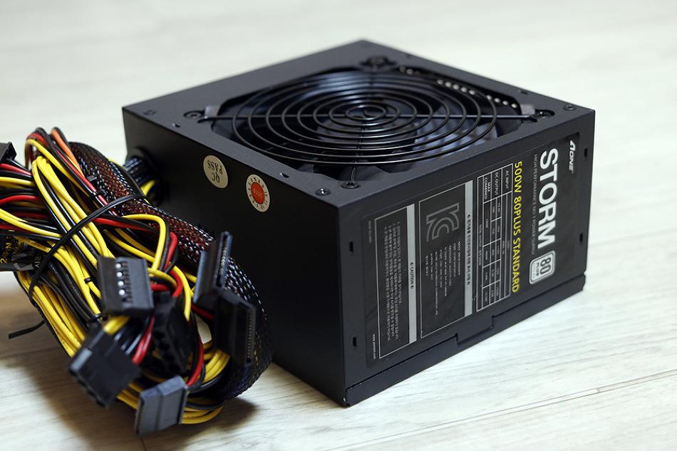사무 및 거실 PC로 적합한 AONE STORM 500..